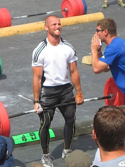 At the 2009 CrossFit Games, Mikko Salo took second in a distance run and then reached 495-lb. in the deadlift ladder.